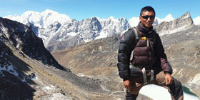 Mr Ramesh Kumar Sunuwar, Treking Guide